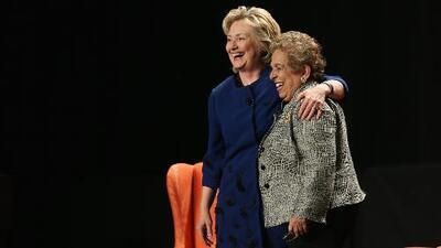 Donna Shalala asegura que no recibió dinero de los Clinton para su campaña