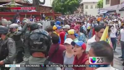 Maduro aumenta el salario mínimo el día que es llamado a comparecer en la Asamblea Nacional