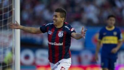 San Lorenzo derrotó a Boca Juniors y acosa al puntero Newell´s Old Boys