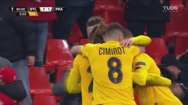 ¡Qué final tan increíble en Bélgica! Standard en la última jugada se lleva la victoria
