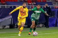 Barcelona le pasa por encima al Ferencvaros 3-0. Antoine Griezmann abrió el marcador al minuto 14, seguido de Martin Braithwait al 20 y, con un penal, Dembélé convirtió el tercero al minuto 28, durante la quinta Jornada de la UEFA Champions League.