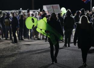 La toma del Área 51: así es el evento viral que convocó a buscar extraterrestres (fotos)