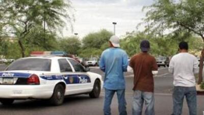 Gobernadora de Nuevo México ordena verificar estatus