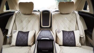 Si ganas  la lotería, no parezcas una Kardashian: estos son los autos que debes comprar