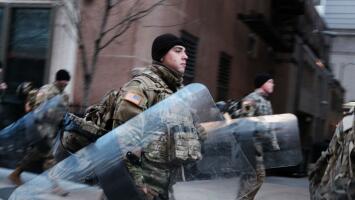 Con tropas de la Guardia Nacional y vehículos militares, Washington DC permanecerá bajo máxima seguridad