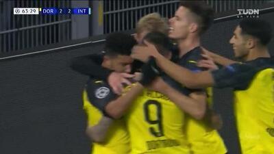 ¡GOOOL! Julian Brandt anota para Borussia Dortmund