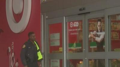 Actividad policiaca en Midtown por saqueo a una tienda deportiva