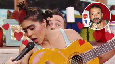 Mela la Melaza se inspira musicalmente en Ricardo Arjona, pero se conforma con Carlos Calderón