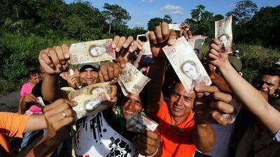 Disturbios y saqueos en Venezuela ante crisis monetaria generada por el presidente Maduro