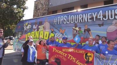 """""""Autobús de la esperanza"""" llega a Georgia para defender a beneficiarios del TPS"""