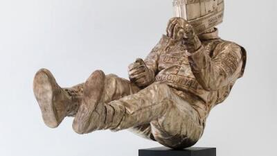 McLaren presume escultura en honor a Ayrton Senna