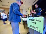 🎧 Podcast: Cómo hacer para que en 2020 los hispanos tengan el mismo entusiasmo para votar que mostraron en 2018