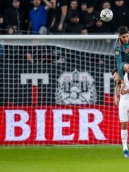 Ajax se quedó fuera de la Copa de Holanda tras sufrir en su juego de visita ante Utrecht y perder de manera clara 2-0.
