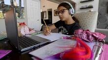 Desde que inició la educación virtual hay más alumnos que han reprobado en las escuelas públicas de Chicago