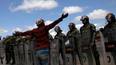 ¿Se perdió la oportunidad para que los militares venezolanos se opusieran al régimen de Maduro y reconocieran a Guaidó?