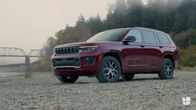 La Jeep Grand Cherokee llega a 2021 con tres filas de asientos