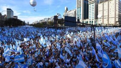 Elecciones presidenciales en Argentina: 4 claves para entender qué está en juego y qué puede pasar