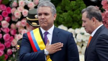 Duque jura como nuevo presidente de Colombia y propone superar mediante el diálogo la polarización