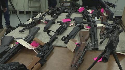 Investigan si el arsenal hallado en una casa en Nueva York iba a ser usado en un posible ataque contra una escuela