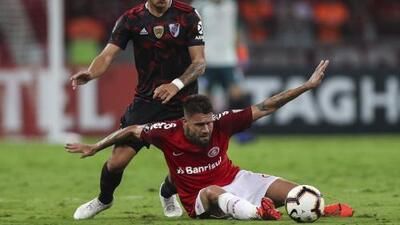 'Malaria' de Tigres persiguió a Rafael Sobis en Libertadores contra River Plate