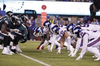 En fotos: La debacle de los Giants sigue y parecen despertar los Eagles al ganar 34-13