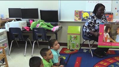 Distrito Escolar de San Antonio presenta programa bilingüe para niños pequeños