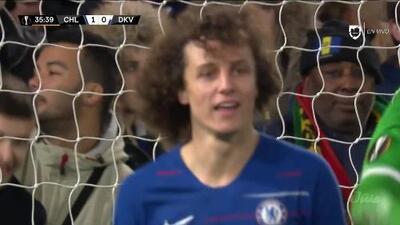 Tiro desviado de David Luiz