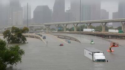 Al menos cinco muertos y cientos de emergencias en Texas por el paso de la tormenta Harvey