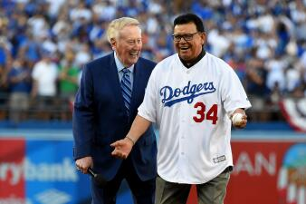 Fernando Valenzuela y Vin Scully se roban el show en Los Ángeles