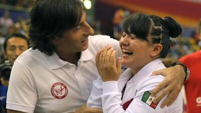 A Alexa Moreno las críticas le hacen 'lo que el viento a Juárez'