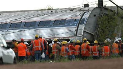 Descarrilamiento de tren de Amtrak pone en la mira la seguridad de la red ferroviaria