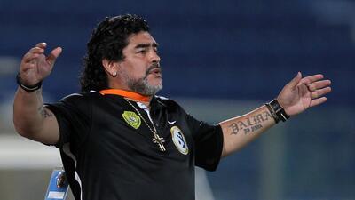 Diego Maradona pasó de jugador a técnico y ahora a presidente: comandará al Dinamo Brest