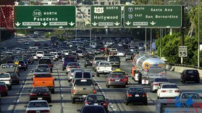 Residentes de Los Ángeles están renunciando a sus empleos por el cansancio de pasar horas en tráfico