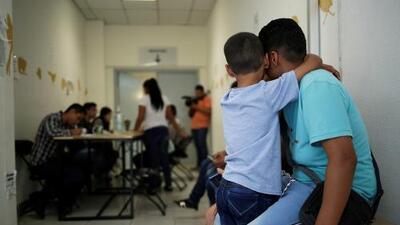 Presentan demanda contra la nueva norma del gobierno de Trump que restringe el derecho al asilo
