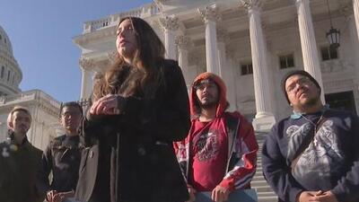 Univision Arizona y activistas llaman a los 'Dreamers' a alzar su voz en el congreso