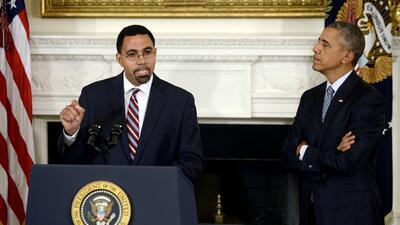 Senado de EEUU confirma como secretario de Educación a descendiente boricua