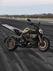 Ducati 1260 Diavel Lamborghini 2021