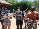 Alguaciles de Los Ángeles disparan y matan al hermanastro del afroestadounidense encontrado ahorcado en un parque de California
