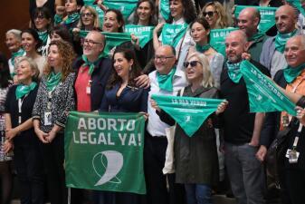 Hoy es el día del aborto seguro, ¿por qué los médicos y la ONU defienden el acceso? Lo explicamos en 📸
