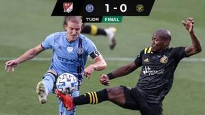 New York City FC aprovechó 'regalito' para vencer al superlíder Columbus