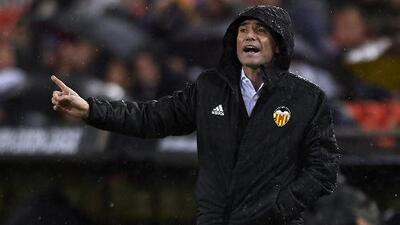 """DT del Valencia lamentó el descuido ante el Arsenal: """"Jugamos contra delanteros que valen millones"""""""