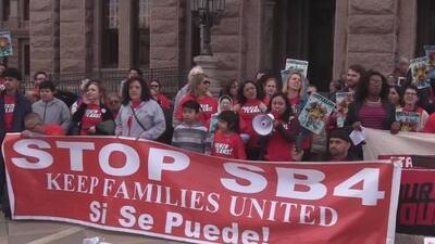 Líderes y activistas protestaron contra la ley SB 4