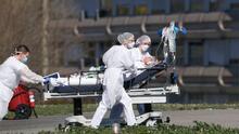 Anuncian 986 casos nuevos de coronavirus en Illinois elevando el total a 6,980 casos y 141 muertes en Illinois