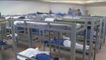 Demandan al estado de Nueva York por no incluir a los presos en el plan de vacunación contra el coronavirus