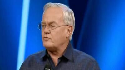 'Chicago en un Minuto': Señalan al pastor Bill Hybels de acoso sexual y mala conducta