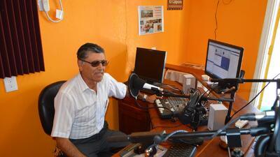 En Texas, primera radiodifusora en internet pro inmigrantes
