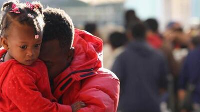 En 107.5 Amor nos unimos por las familias de Haití