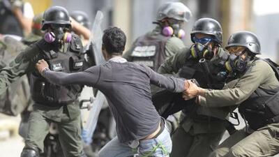 Amnistía Internacional denuncia que el Gobierno de Venezuela reprime a la población con allanamientos ilegales y violentos a viviendas