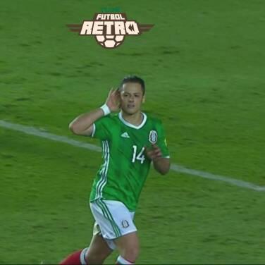 ¡'Chicharito style'! Revive uno de sus goles que parecían imposibles