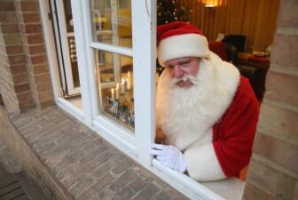 Santa ya recibe cartas desde todo el mundo